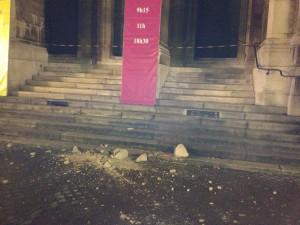 pierres au sol statue Jacquemard 7/11/13 façade 2